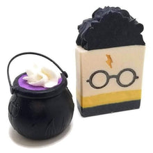 Load image into Gallery viewer, Harry Potter bath bomb set - Trinity Soaps