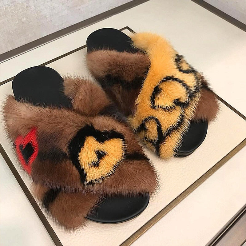 Locked fur slippers