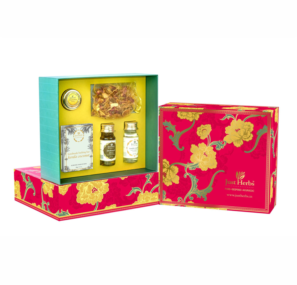 Just Herbs Travel Essential Gift Set (Value ₹1310)