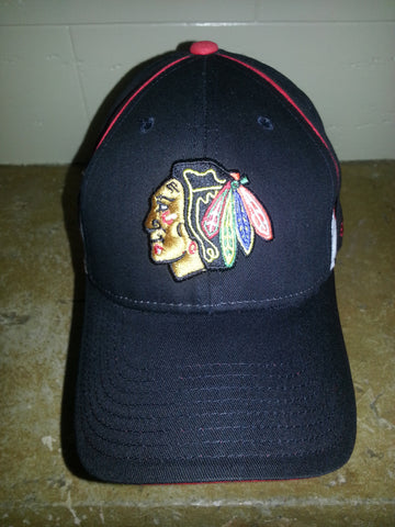 37 CHICAGO BLACKHAWKS BLACK ADJUSTABLE REEBOK