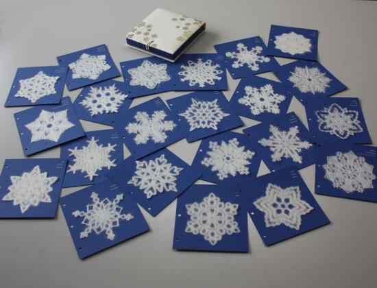 SNOWFLAKES  Gift Box Set of 22 Washi  Decals