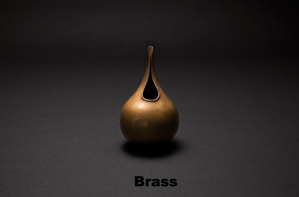 Suiteki Brass Pitcher Vessel