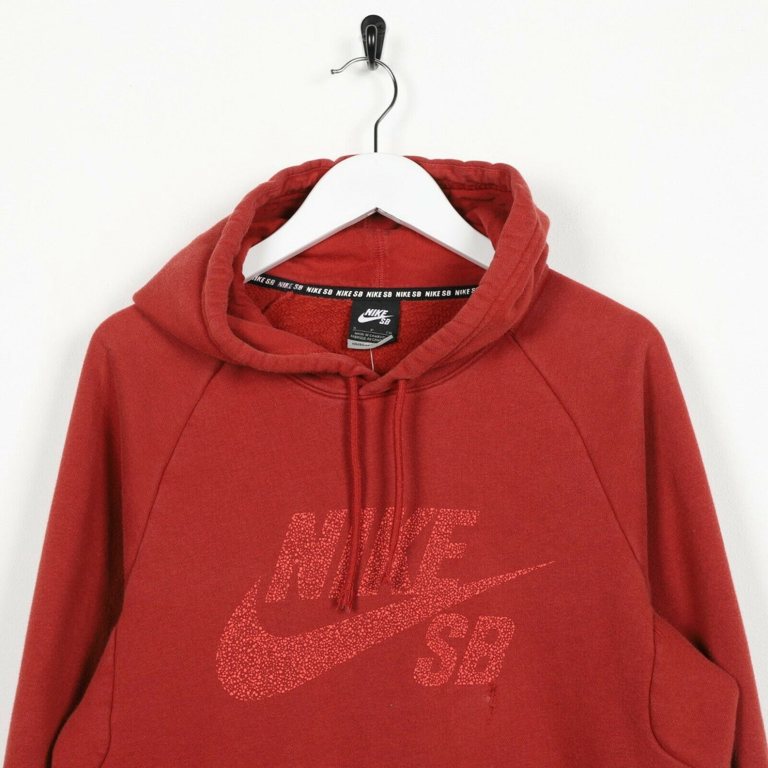Vintage NIKE SB Big Spell Out Hoodie Sweatshirt Red | Small S