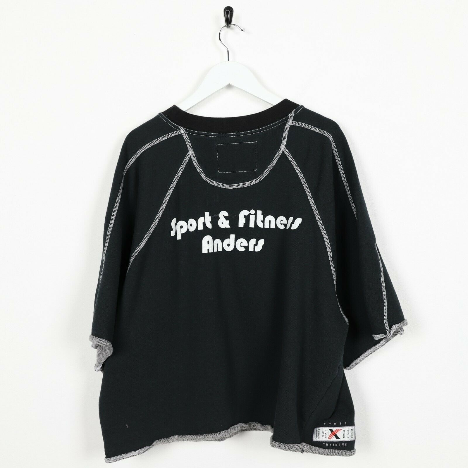 Vintage Women's NIKE Sport & Fitness Short Sleeve Sweatshirt Black | Large L