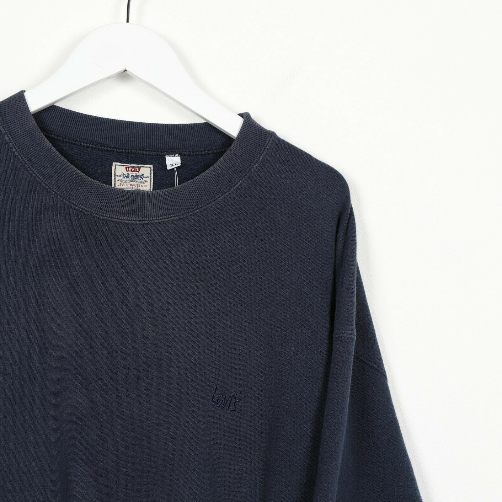 Vintage LEVI'S Small Logo Sweatshirt Blue | XL