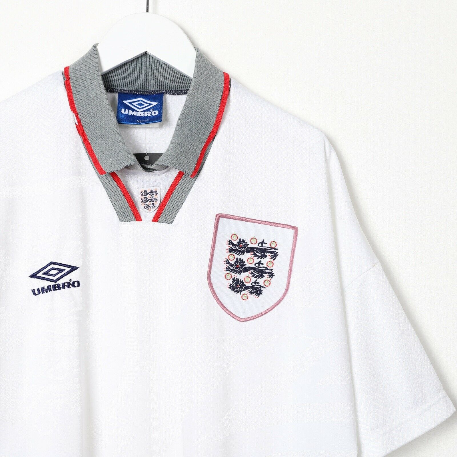 Vintage 90s UMBRO England Replica Football Shirt T shirt Tee White XL