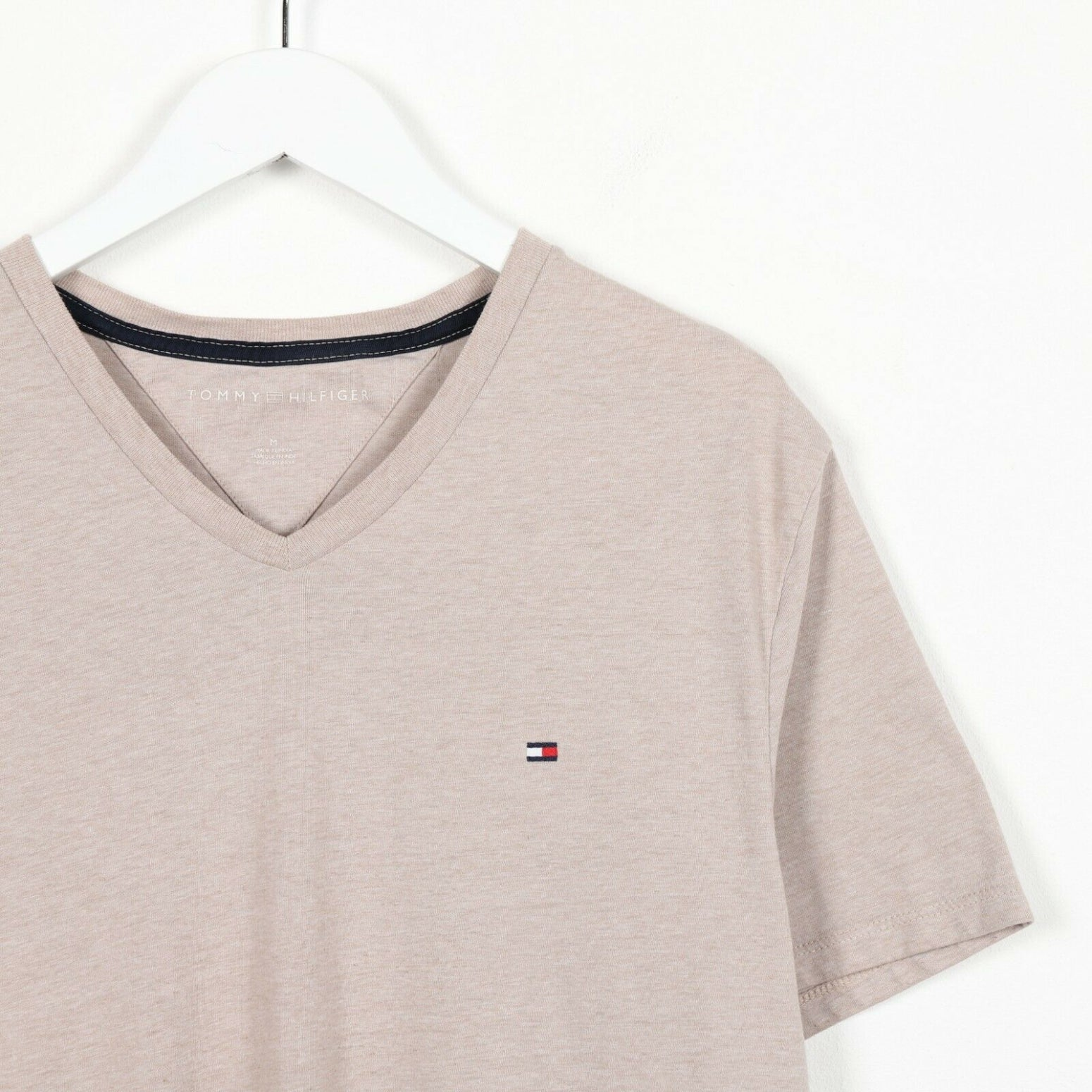 Vintage TOMMY HILFIGER Small Logo T Shirt Tee Beige | Medium M