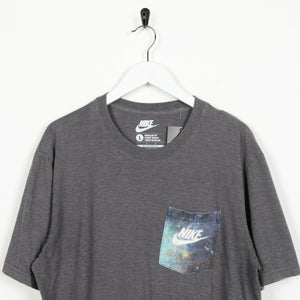 Vintage NIKE Small Logo Graphic Print Pocket T Shirt Tee Grey Large L