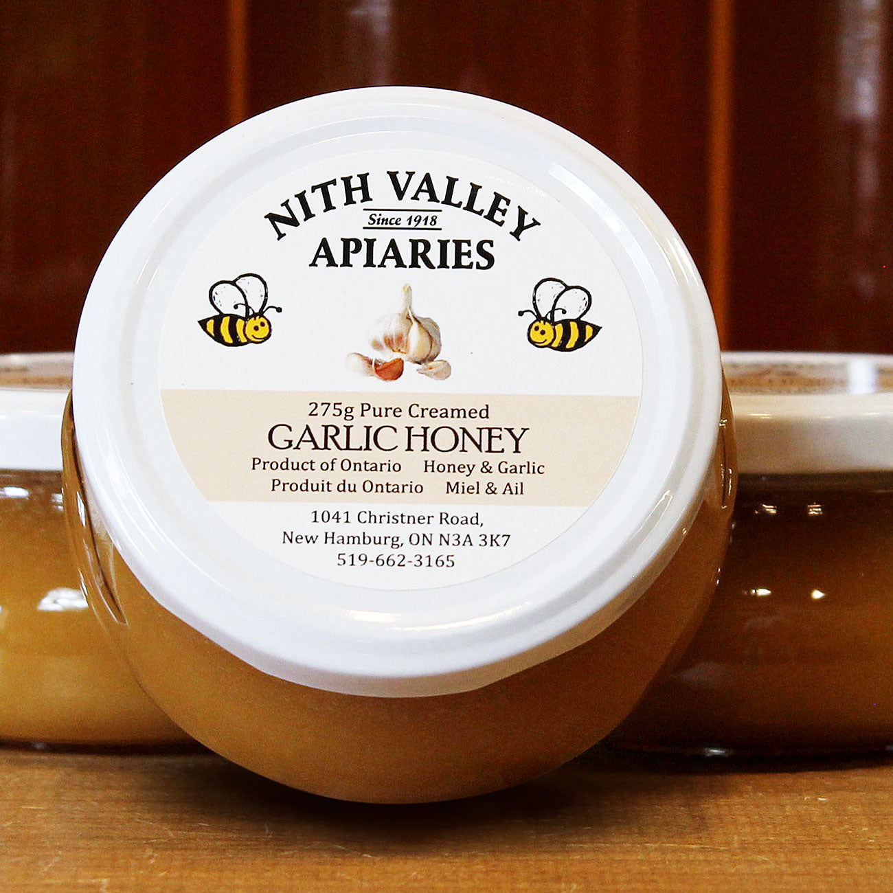 Garlic flavoured creamed honey