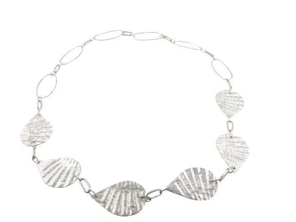 Tidelines necklace