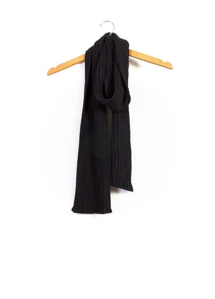 BAS SCARF | Knitted Scarf | Black | €120 -Inis Meáin- HANSEN Garments