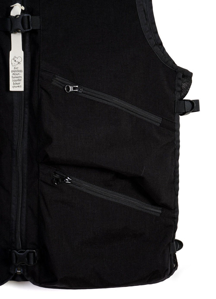 FLOWER BASKET VEST | Zipper Pockets & Bag Vest | Black | €525 -MOUNTAIN RESEARCH- HANSEN Garments