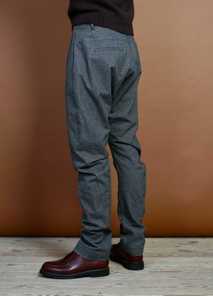 HANSEN Garments - OTTO | Curved Leg Trousers | Gravel - HANSEN Garments