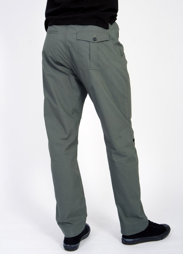 THEIS | Lightweight Tie Trousers | Faded Army | €230 -HANSEN Garments- HANSEN Garments