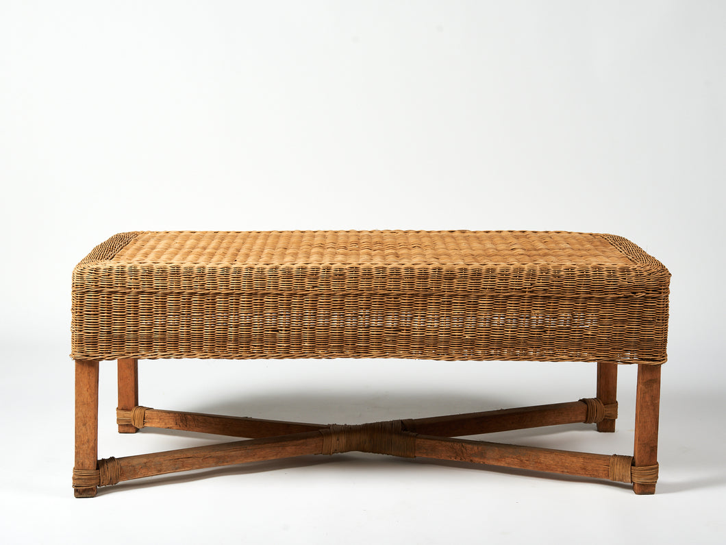 Traditional Bench in Natural