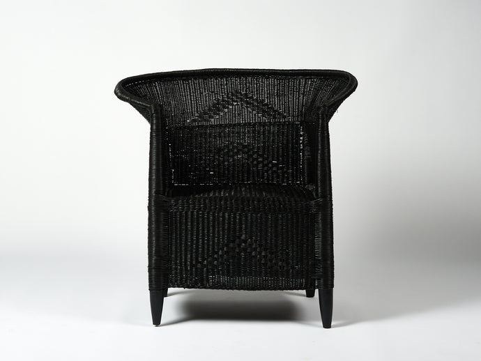 Traditional Closed Weave Single Seater in Black