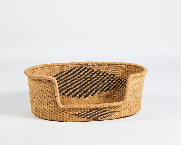 Baba Small Dog Basket in Natural with Diamond
