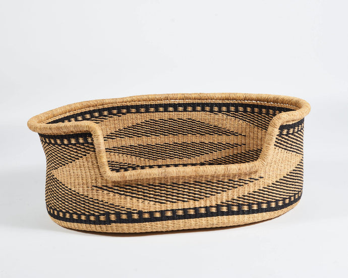 Baba Large Dog Basket in Natural and Black Diamond