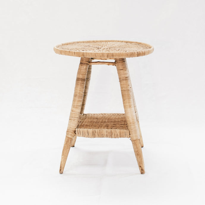 Round side Table in Natural