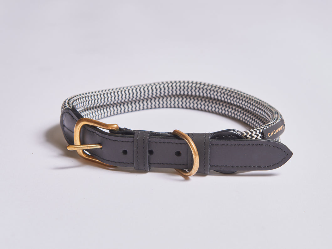 Chommies Extra Large Dog Collar in Black Leather
