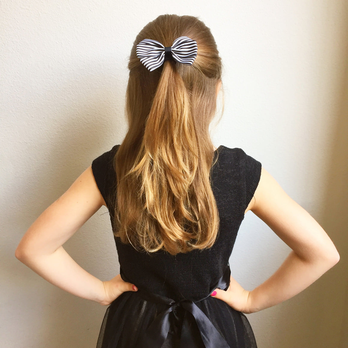 Barrette Anti-Glisse Ribbies à Noeud Rayé Rose & Blanc