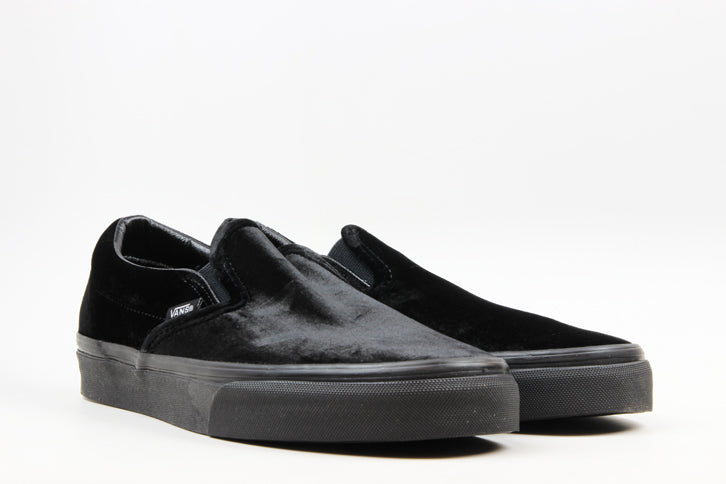 "Vans WMNS Slip-On Velvet ""Black/Black"""