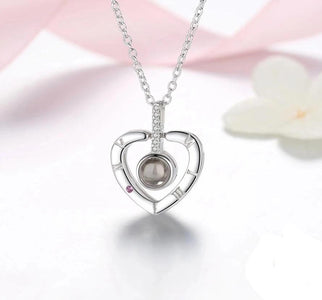 """I love you"" Projection Pendant Necklace - Happy Trends Outlet"