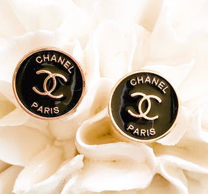 Chanel Button Pearl Bracelet