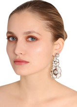 Load image into Gallery viewer, Vintage Triple Flower Earrings