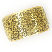 Load image into Gallery viewer, Michelle Floral Cuff