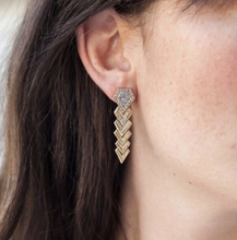 Load image into Gallery viewer, Gold Piramis Diamond Shapes Earrings