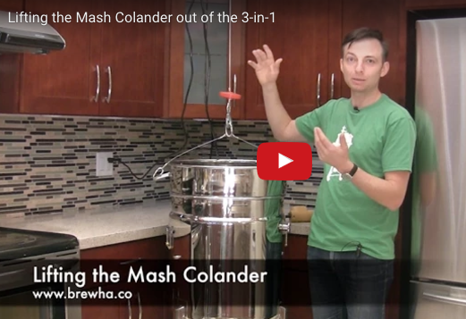 Lifting the BIAC Mash Colander out of the 3-in-1