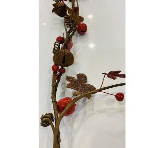 Berry & Bell Garland