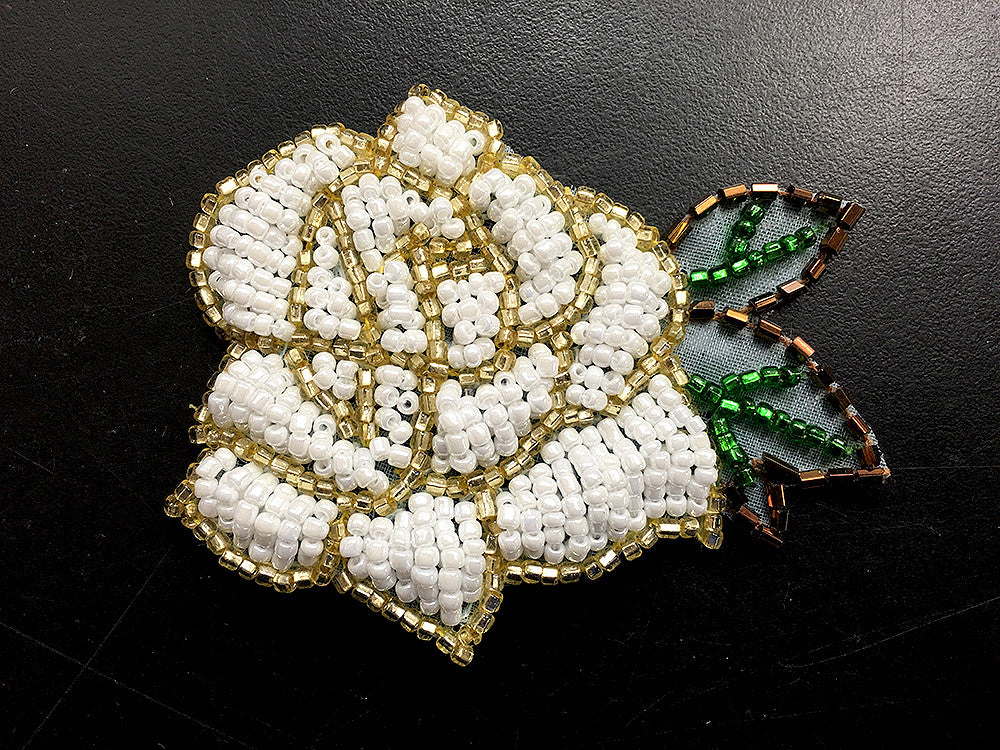 "Flower Pair with White and Gold Green Beads 2""x 3"""