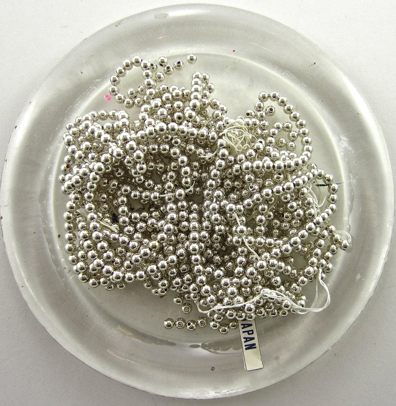 Beads Loose Silver 1.5 oz 1/6th inch