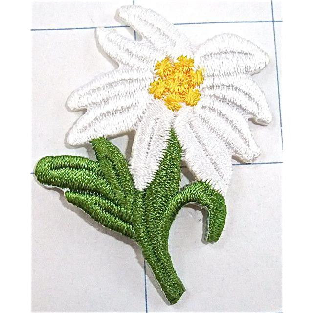 "Flower Daisy Iron-on Embroidered 2"" x 2"""