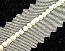 Load image into Gallery viewer, D_ WHITE BEADS WITH CREAM NETTING TRIM