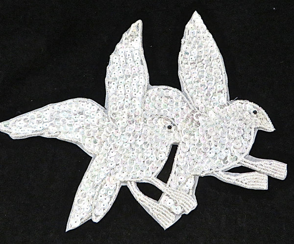Doves Iridescent Sequins And Beads 7 Quot X 7 5