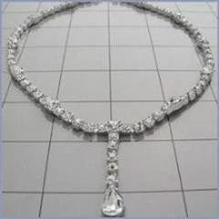 RHINESTONE NECKLACE/NECK PIECE