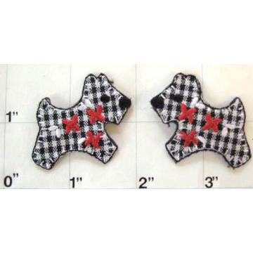 Dog Scottie Checkered Plaid Embroidered iron-on  1.5