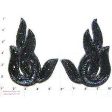 "Load image into Gallery viewer, Designer Motif Moonlight Sequin Beaded Swirl Pair 6"" x 4"""
