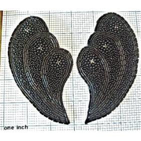 "Designer Motif Shell Pair with Black with Rhinestones 5"" x 3"""