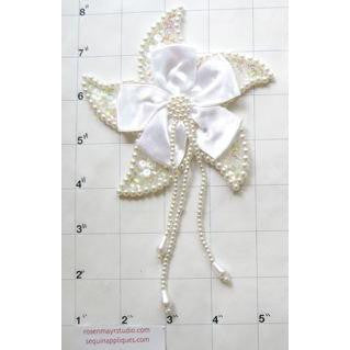 Epualet White Satin Flower