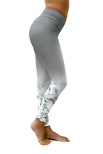 Load image into Gallery viewer, Ombre Marble Legging
