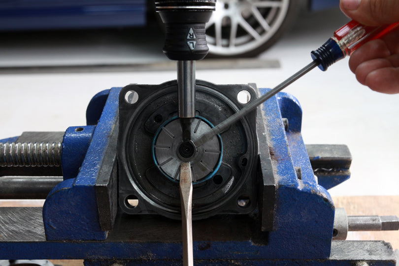 BMW E36 M3 power steering pump repair
