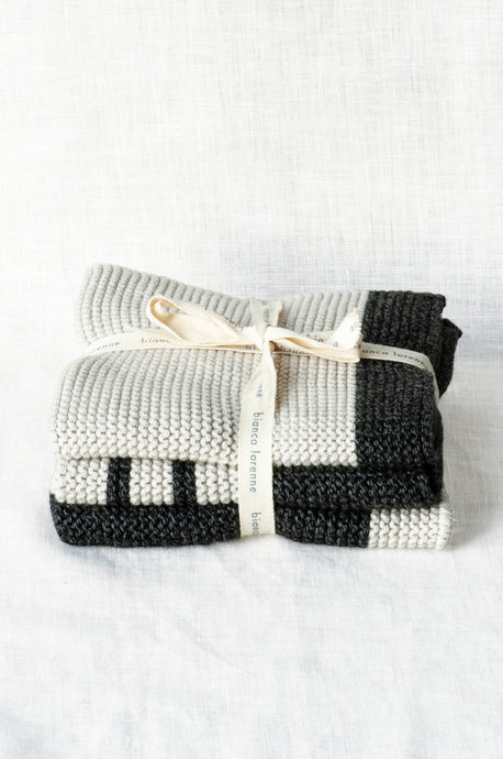 Bianca Lorenne knitted cotton washcloths - Isabel Harris