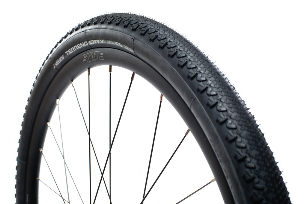 Vittoria Terreno Dry - Gravel / All-Road Tire - 650 x 47c