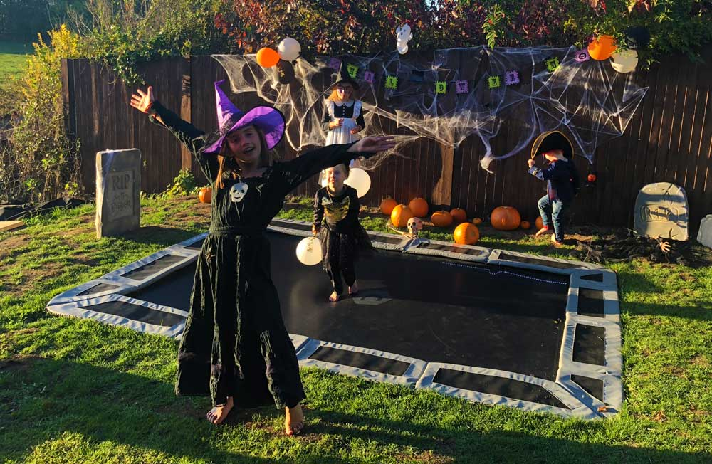 Halloween Trampoline Party on in-ground