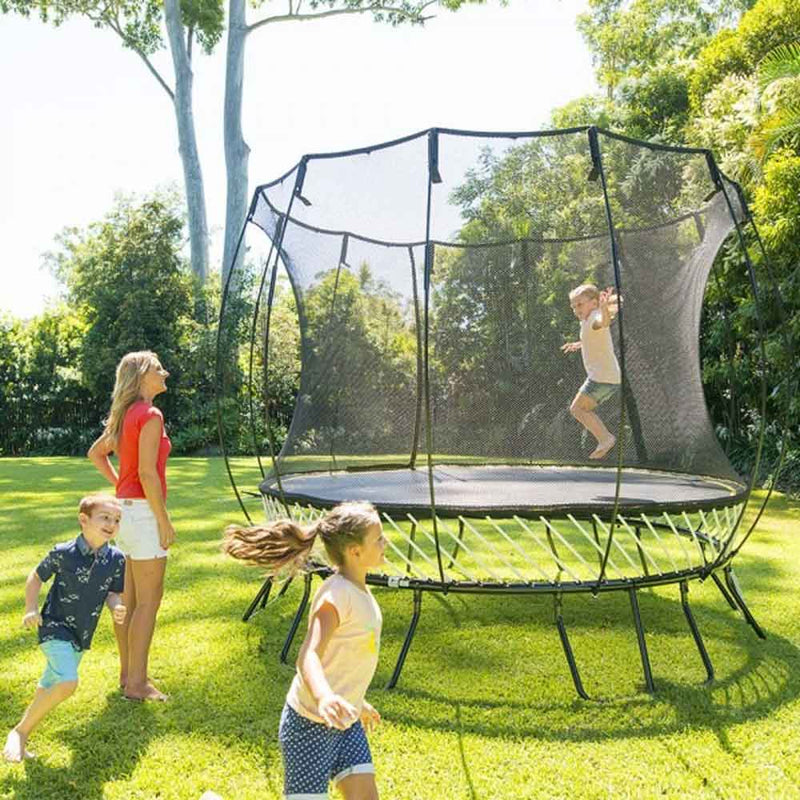 children playing on Springfree 10ft Trampoline