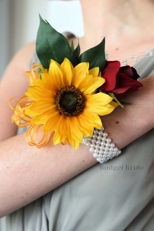 Meghan Corsage - #WC071 - $26.50